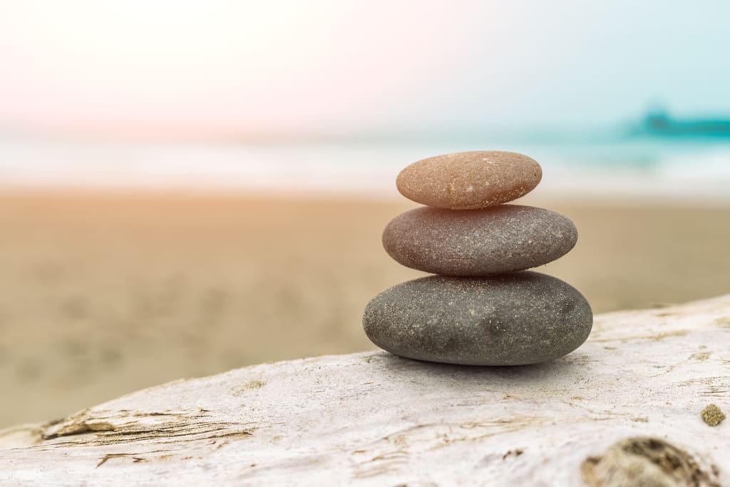 puntillismo en piedras